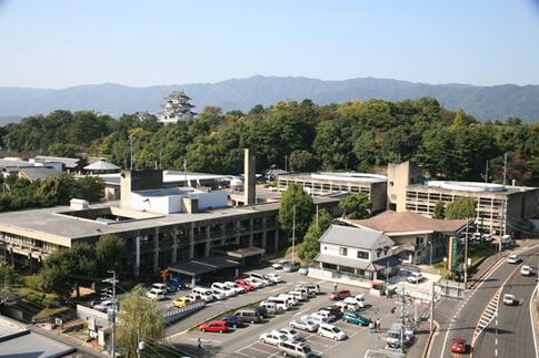 伊賀市庁舎