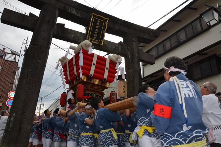 宇流冨志禰神社の秋祭り
